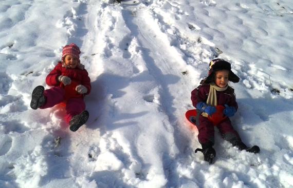 Zimska razigranost otrok Zelene igralnice