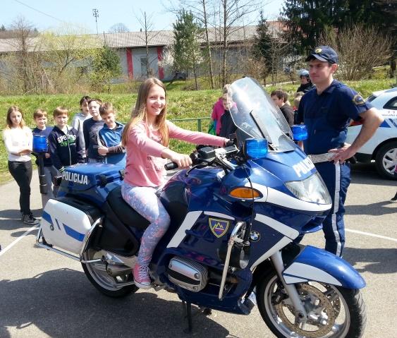 Projekt Policija za otroke na OŠ Krmelj